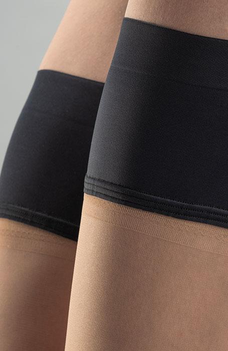 Tělové samodržící punčochy capri s černým lemem